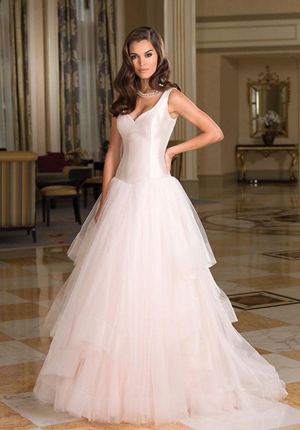 basque wedding dress
