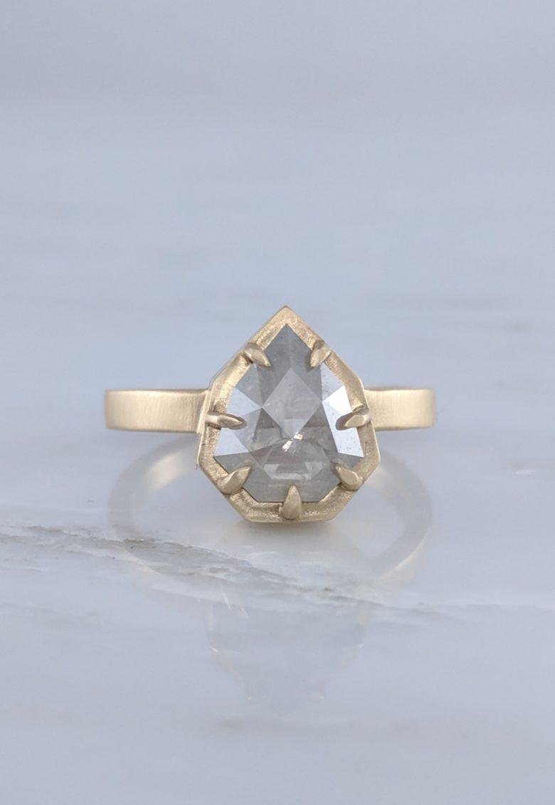 Geometric Diamond 7 Prong Ring in 14K Yellow Gold