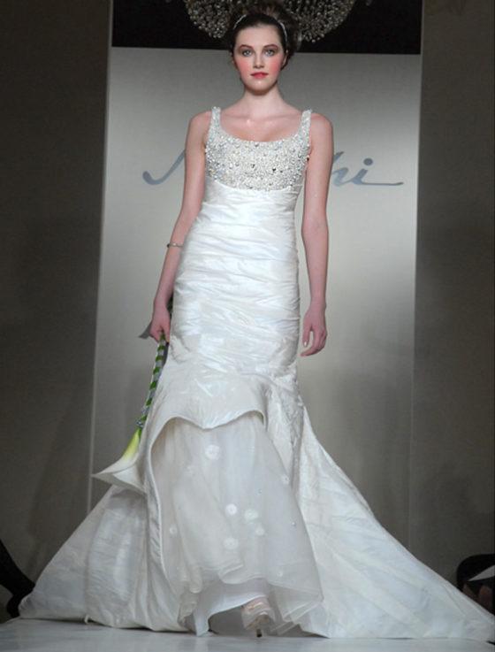 St. Pucchi 525 Wedding Dress