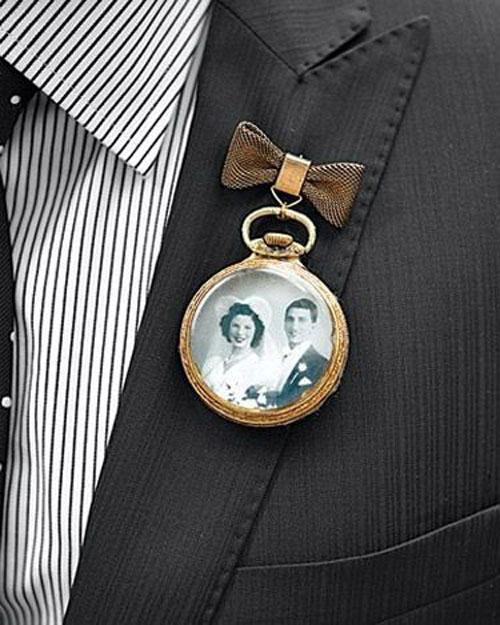unique-boutonnieres-wedding-1
